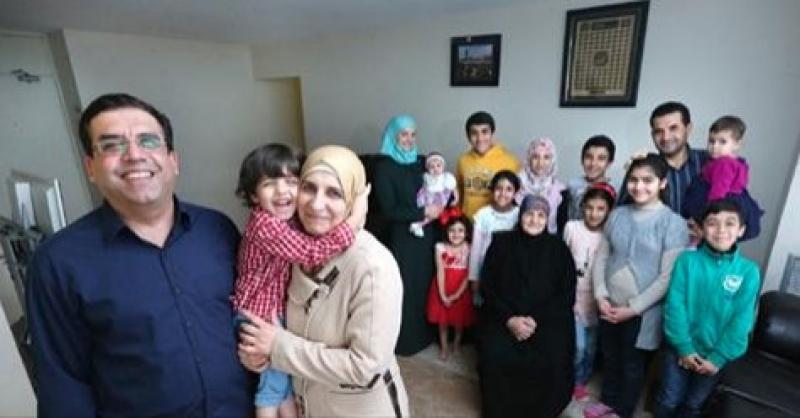 Ha 4 mogli e 23 figli: